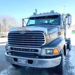 2002 STERLING 7500 ROAD TRACTOR