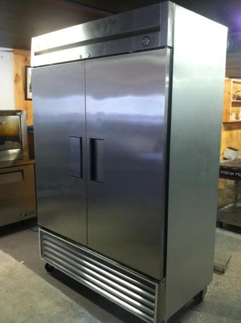 PUBLIC TIMED ONLINE AUCTION RESTAURANT EQUIPMENT & COLLECTIBLES Auction
