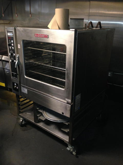 Late Model Restaurant & Lounge Equipment - Audio & Support Equipment - Bookstore Fixtures  Auction