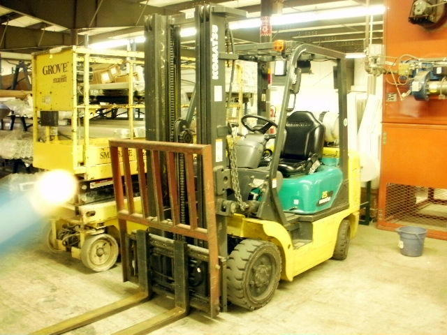 TIMED ONLINE AUCTION VINYL WINDOW MFG & SUPPORT EQUIPMENT - FORKLIFT Auction