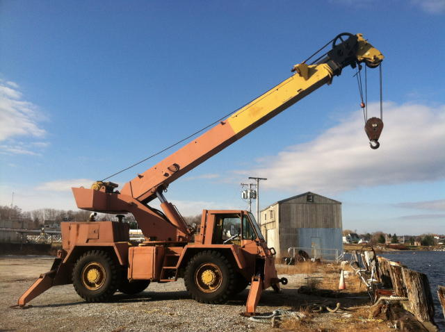 TIMED ONLINE AUCTION GROVE CRANE - 105in PROPELLER & MARINE EQUIP  Auction