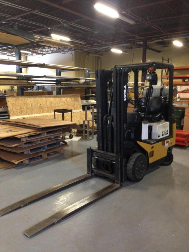 TIMED ONLINE AUCTION MACHINE SHOP EQUIPMENT - FORKLIFT - RACKING  Auction