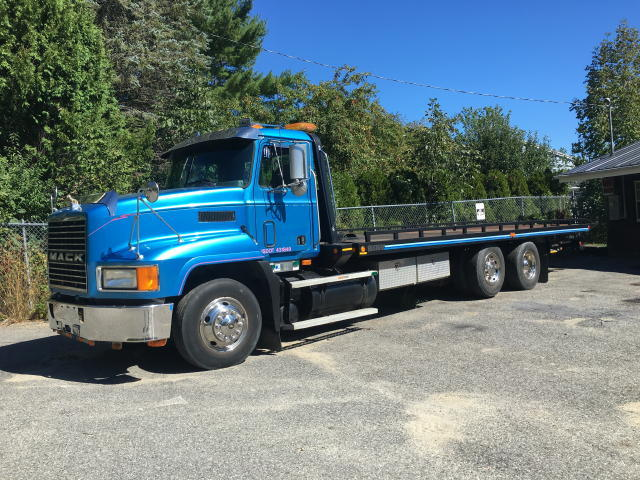 1997 MACK CH612 RAMP TRUCK - TRACTORS - SIDE BY SIDE - DOZER - PLOWS - ENGINES  Auction