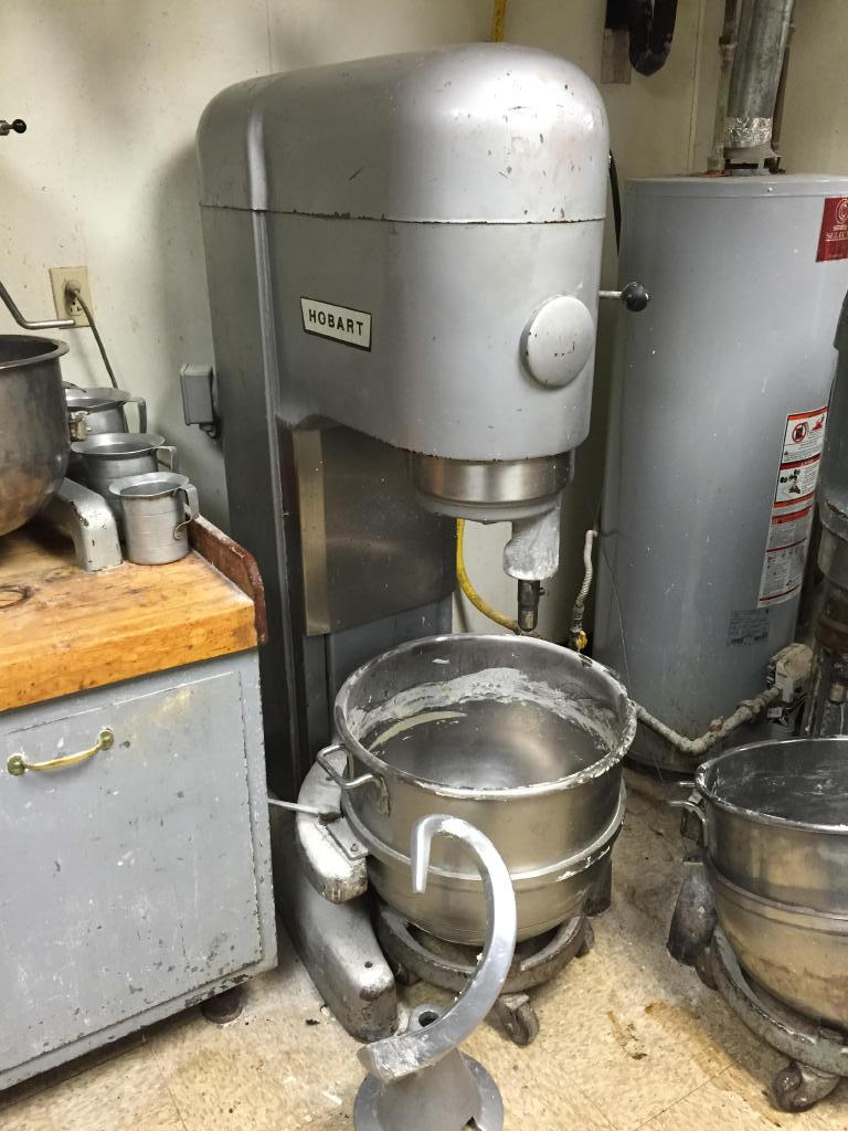 BAKERY & DELI EQUIPMENT- KITCHEN - REFRIGERATION & ICE CREAM EQUIPMENT- SMALLWARES- FURNITURE Auction