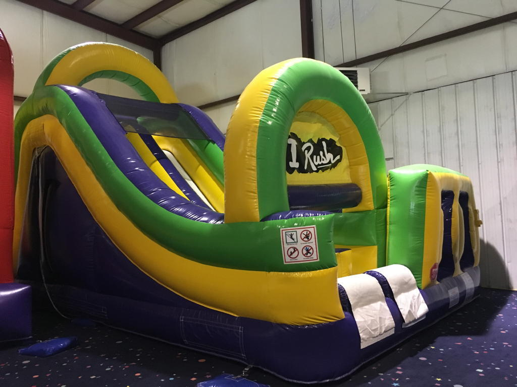 TIMED ONLINE AUCTION GYROXTREME & INFLATABLE BOUNCE HOUSES Auction