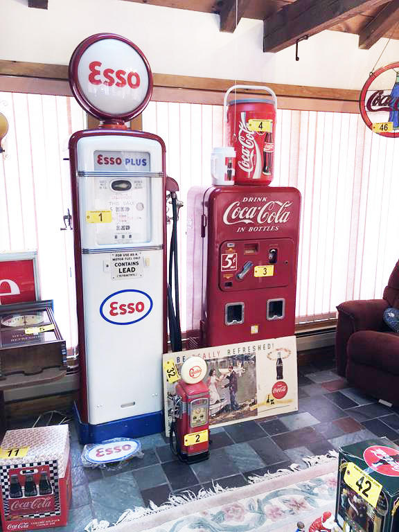 TIMED ONLINE AUCTION COKE COLLECTIBLES - HOUSEHOLD - AUTOMOTIVE  Auction