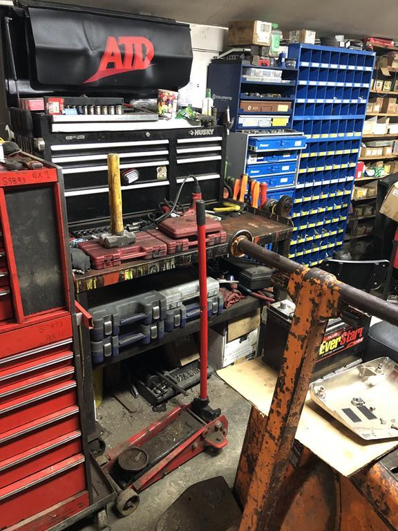 TIMED ONLINE AUCTION  MECHANICS & CONTRACTORS TOOLS - SHOP EQUIPMENT Auction
