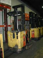 (3) TRUCKS – (9) TRAILERS – (12) FORKLIFTS - 3,208 ft. PALLET RACKING  - MACHINE SHOP EQUIPMENT</ Auction Photo