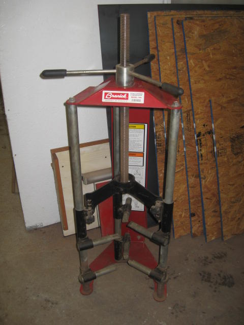 Award winning recovery trucks towing garage equipment sold auction