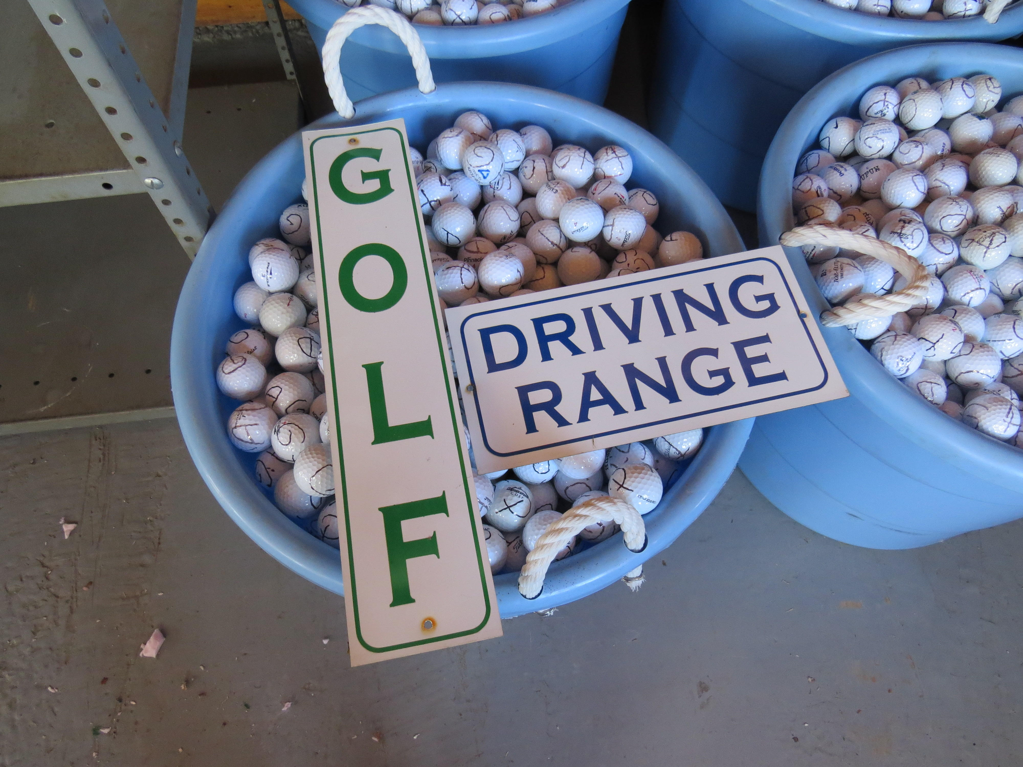 Timed Online Auction Golf Driving Range Equipment 98