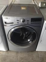 TIMED ONLINE AUCTION 275+ NEW BRAND NAME APPLIANCES - FLOOR MODELS  Auction Photo