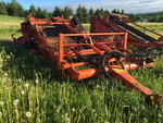 1980 Thomas Model WR660 2-row windrower