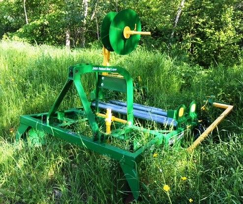 TIMED ONLINE AUCTION 2010 JOHN DEERE 4320 TRACTOR, IMPLEMENTS, BOAT