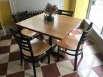 SINGLE PEDESTAL TABLE & CHAIRS Auction Photo