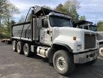 2004 International 5500i 6x4 tri-axle dump truck