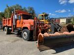2001 INTERNATIONAL 2554 4X2 PLOW TRUCK Auction Photo