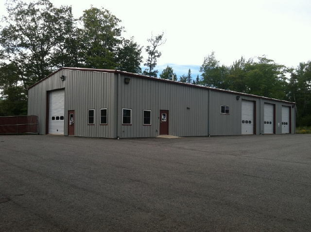 10,500+/-SF Modern Garage Facility - 4.16+/- Ac. Auction