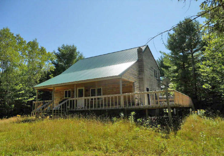 Log Cabin - 10.3+/- Acres Auction