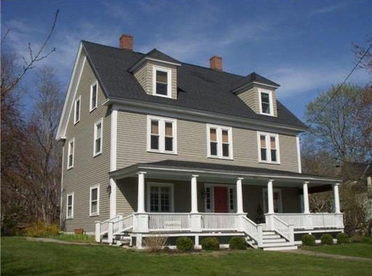 Circa 1910 Colonial 9BR/7BTH Home Auction