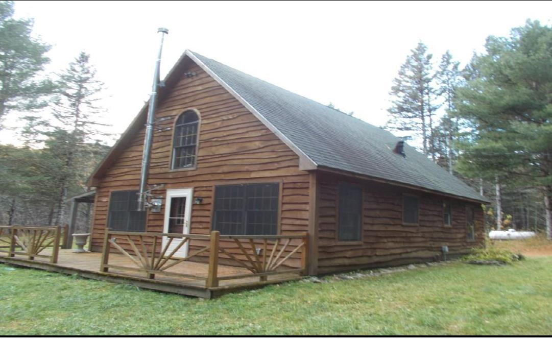 3BR Live Edge Sided Cape Style Cottage - 3.47+/-Acres Auction