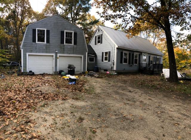 3BR Cape Home - Garage – 2.1+/- Acres Auction