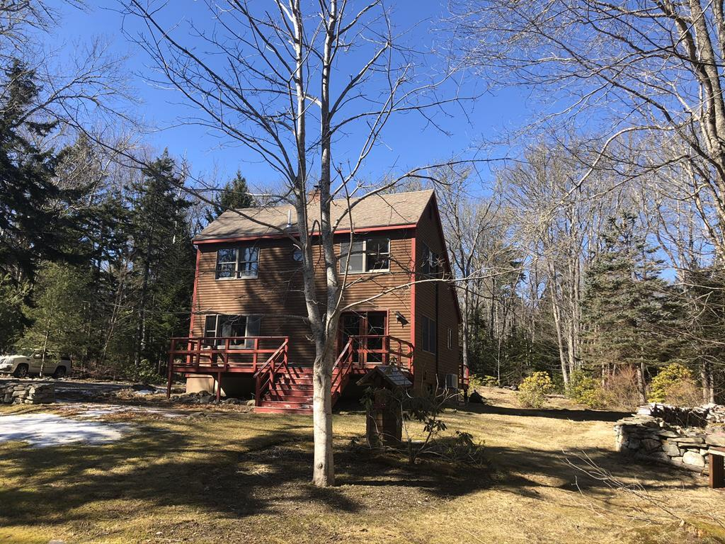 2BR Saltbox Style Home - Fireplace - Gardens - 2.8+/- Acres Auction
