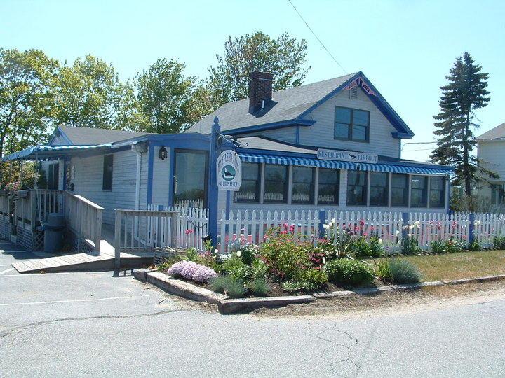 Waterfront Restaurant Re Buffleheads At Hills Beach 77 Acres